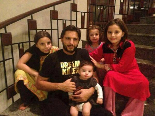 May Allah Give Shahid Afridi A Son: Social Media Starts